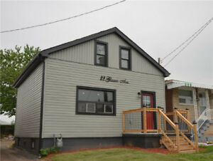 NEWLY RENOVATED HOUSE FOR LEASE/RENT!! HAMILTON