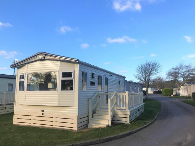 PERFECT CHEAP STARTER CARAVAN HOME FOR SALE HAMPSHIRE SOUTH COAST | in  Lymington, Hampshire | Gumtree