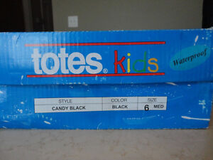 Brand New Totes Kids Black Snow Boots Size 6 Girls. Never Worn. Kitchener / Waterloo Kitchener Area image 7