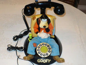 Vintage Disney Goofy Animated Talking Corded Telephone