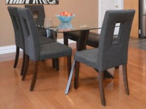 4 dining Chairs *Sold PPU