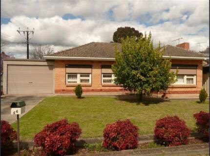 ****HOUSE FOR RENT IN CAMPBELLTOWN****