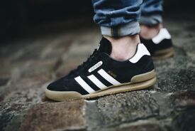 Adidas jeans super black trainers BNIB