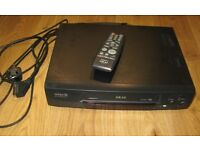 Akai Video recorder/player VS-G295EK Excellent condition with remote control