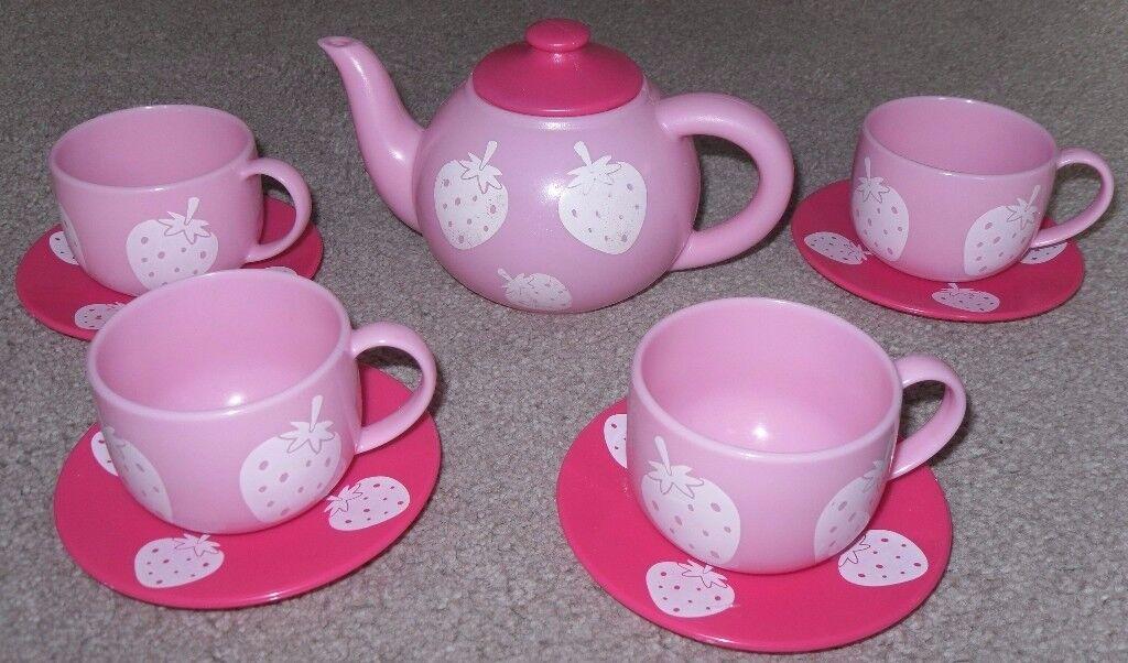 Toddler Tea Set - £5 o.n.o