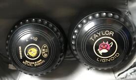 Short mat bowling balls