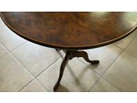 Round walnut wooden large side table, very good condition