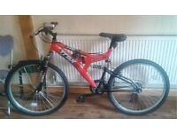 """Trax adults mountain bike bicycle. 18"""" frame. 26"""" wheels. Working Bike."""