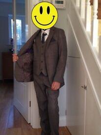 Paisley of London, Boys Grey Suit, Boys Wedding Suit, Page Boy Suit, age 11