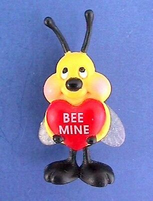 GIBSON Brooch Valentines Day PIN BumbleBEE Bee Mine Heart Vtg Holiday Figurine