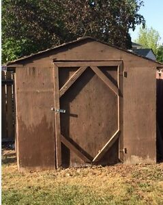 FREE SHED FOR REMOVAL