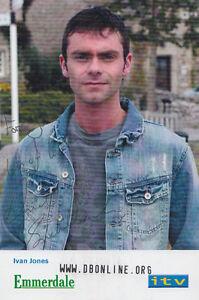 Ivan-Jones-Emmerdale-Farm-Hand-Signed-ITV-Cast-Card-Photo