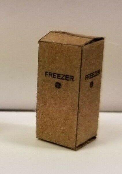 DAVE'S DETAILS HO 1:87 SCALE UPRIGHT FREEZER & PLAIN SM BOXE