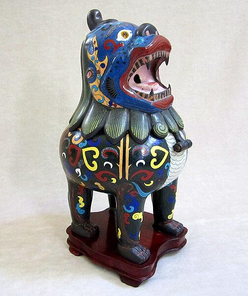 ANTIQUE CHINESE CLOISONNE FOO DOG/LION CENSER