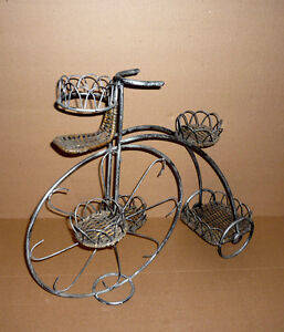 Wrought Iron & Wicker Plant Stand Tricycle .. 3 Tier : Exc Cond Cambridge Kitchener Area image 2