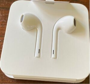Apple Ear Pods with Lightning Connector (Original & New)