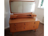chest of drawers / dressing table (Retro vintage style)