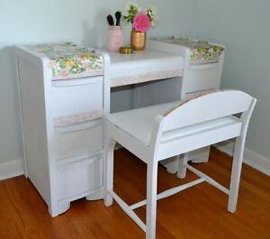 *NEW PRICE*  Vintage Vanity/Dresser