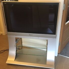 "37"" Panasonic Viera plasma tv"