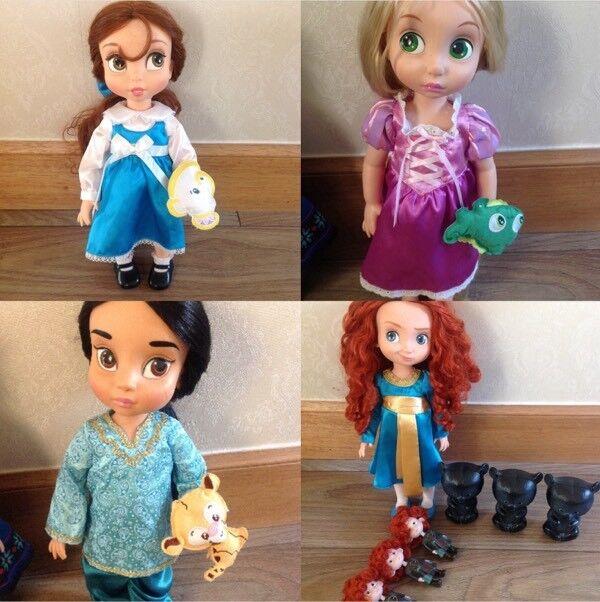 Disney store Animator dolls, brave, tangled, beauty and Aladdin 10 items