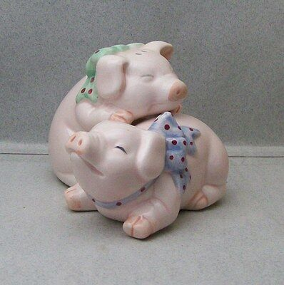 PINK PIGS PIGGYBACK SALT & PEPPER SHAKERS VI 4L 1216