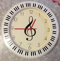 Treble clef clock