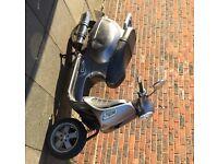 Vespa gts 200cc not 125 piaggio
