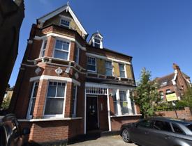 Studio flat in 2 Wickham Road, Beckenham, BR3