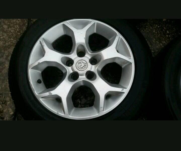 Vauxhall astra alloys