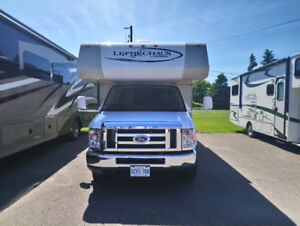 2014 24ft Coachmen Leprechaun 220QB low kms clean