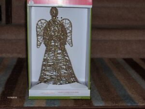 ANGEL LIGHTED TREE TOPPER