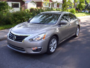 2013 Nissan Altima SL 4 cyl 2.5 FULL TECH Package ** DEAL **