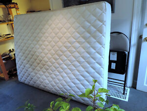 Queen Mattress Peterborough Peterborough Area image 3