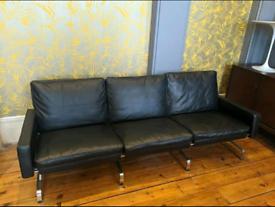 Black Scandinavian 3 seater sofa Poul Kjærholm PK31 Style
