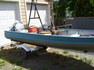 older 14 foot aluminum boat