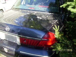 Parting out 2000 Mercury Grand Marquis London Ontario image 2