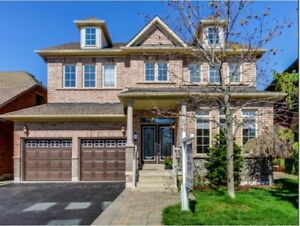 4 Bedroom Detached House - LAKESHORE WOODS, OAKVILLE