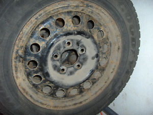 Set of 4 snow tires 22560R16 on rims GM 115MM Kitchener / Waterloo Kitchener Area image 3