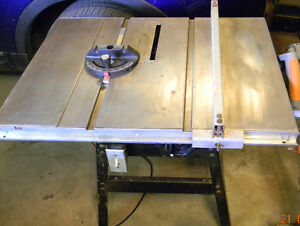 "9"" Rockwell Table saw and stand"