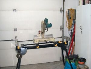 scie a onglet makita  avec support   200.00 $ ferme