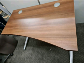 Office desks 1200 x 800 x 600 (30 available)