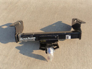 Chevy Silverado / GMC Sierra / Dodge Ram trailer hitch
