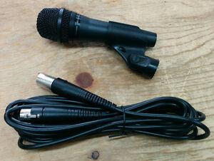 Micro Shure PGA57 avec fil XLR