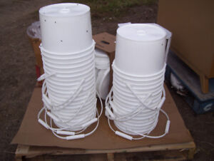 Plastic pails, buckets & containers.