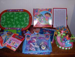 Lot de jouets pour fille