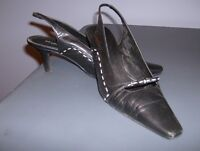 """4 DIFFERENT PAIRS OF LADIES DRESS SHOES, 2 PAIRS ARE """"NEW"""""""