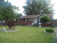 South Windsor - Classic Bungalow: Location! Location!