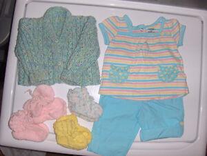 Lot vêtements bébé fille (3 photos)