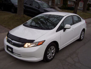 2012 Honda Civic LX Automatique très propre *** AUBAINE ***