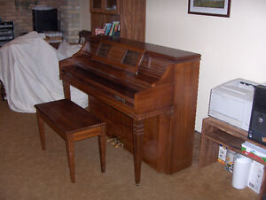 Currier upright piano